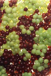 Pregnancy tips Know which color grapes can be beneficial for you in green or black pregnancy